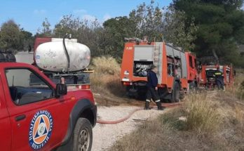 Πεντέλη : Πυρκαγιά σε δασική έκταση επί της οδού Μελπομένης στα Μελίσσια
