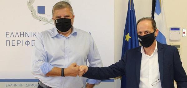 Περιφέρεια Αττικής : Υπογράφηκε η ενεργειακή αναβάθμιση του Δημαρχείου Ραφήνας Πικερμίου