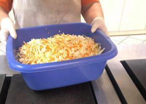 Λυκόβρυση Πεύκη : ΜΕΝΟΥΜΕ ΣΠΙΤΙ με μαγειρεμένο φαγητό από τον Δήμο