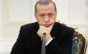 Τουρκία: Ο Ερντογάν αντικατέστησε τον διοικητή της κεντρικής τράπεζας βλέποντας την λίρα να καταρρέει