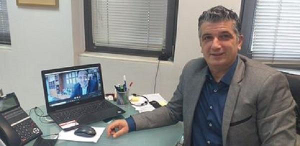 Βριλήσσια: Τηλε-σύσκεψη Μανιατογιάννη και Παπαστεργίου για τον ψηφιακό μετασχηματισμό του Δήμου