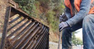 ΣΠΑΥ : Το σχέδιο για τον καθαρισμό των φρεατίων γύρω από τον Υμηττό συνεχίζεται με αμείωτους ρυθμούς