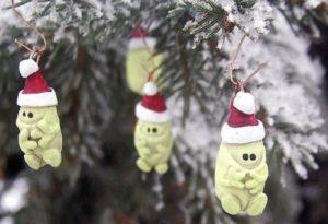Τα πιο περίεργα χριστουγεννιάτικα στολίδια