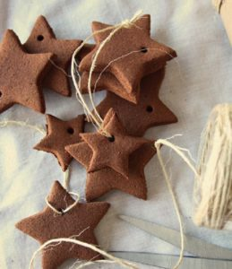 H καλύτερη ζύμη για να φτιάξετε χριστουγεννιάτικα στολίδια