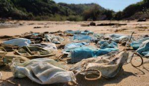 Πάνω από 1.5 δισεκ. μάσκες μίας χρήσης θα μολύνουν φέτος τους ωκεανούς