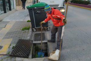 Νέα Ιωνία: : Συνεχίζεται ο καθαρισμός των φρεατίων όμβριων υδάτων σε όλο το Δήμο