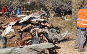 Χαλάνδρι: Επιχείρηση καθαρισμού του οικοπέδου των 30 στρ. στη Σαρανταπόρου