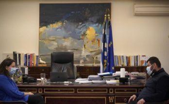 Πεύκη Λυκόβρυση: Ο Δήμαρχος συνάντησε την Υπουργό Παιδείας Νίκη Κεραμέως