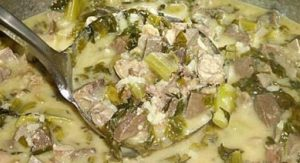 Μαγειρίτσα: Το παραδοσιακό πιάτο για το βράδυ της Ανάστασης