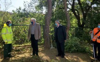 Μαρούσι: Παρουσία του Δημάρχου Θ. Αμπατζόγλου οι εργασίες καθαριότητας και αποψιλώσεων στην περιοχή της Δωδώνης