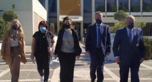Παπάγου Χολαργός: Διανομή υγειονομικού ενημερωτικού υλικού στα καταστήματα του Δήμου από το ΕΕΑ και την Περιφέρεια