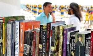 Βουλγαρία: Μια βιβλιοθήκη επάνω κυριολεχτικά στην άμμο και τα κύματα «Albena Resort Beach Library»