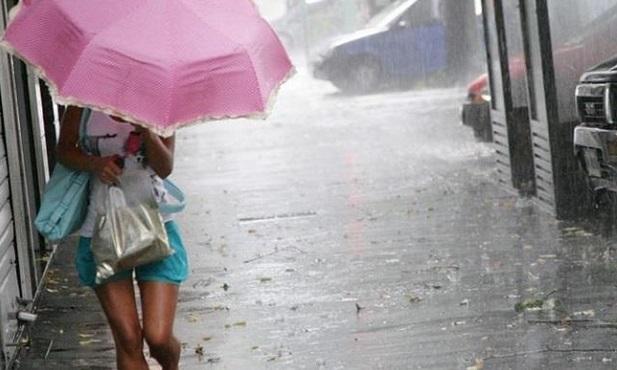 Διακοπές ρεύματος στην Αττική λόγω της καταιγίδας Διακοπές ρεύματος στην Αττική λόγω της καταιγίδας