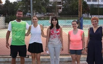 Πεντέλη: Βράβευση των νικητών του τουρνουά τένις που διοργάνωσε ο Δήμος