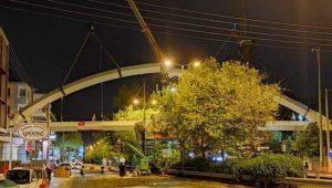 Αγία Παρασκευή : Πεζογέφυρα… ζωής στην πλατεία Σωτήρη Πέτρουλα