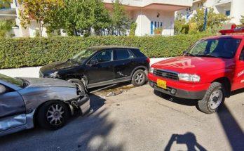 Βριλήσσια : Τροχαίο ατύχημα στην οδό Χελμού και Διός