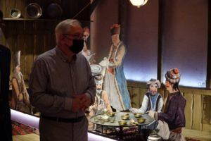 Μαρούσι: Ξενάγηση της Δημοτικής Αρχής Αμαρουσίου στη μεγάλη επετειακή έκθεση «1821 πριν και μετά» στο Μουσείο Μπενάκη