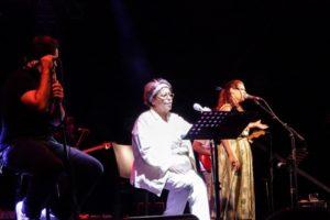 η μουσική παράσταση «Έρωτα εσύ…» με τη μοναδική ερμηνεύτρια Δήμητρα Γαλάνη.