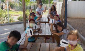 Μαρούσι: Ο Δήμαρχος Αμαρουσίου Θ. Αμπατζόγλου με τα παιδιά του Αθλητικού και Πολιτιστικού Camp