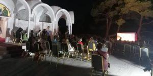 Πεντέλη: Παραδοσιακή παράσταση καραγκιόζη στην αυλή της εκκλησίας Άγιος Σεραφείμ- Προφ. Ηλίας Π. Πεντέλης