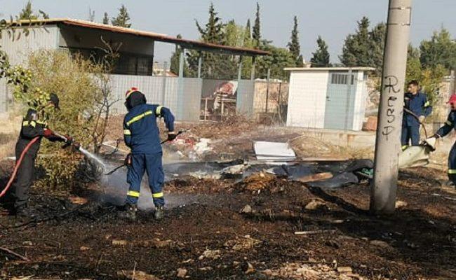 Χαλάνδρι: Φωτιά σε οικόπεδικο χώρο Στην οδό Λευκής και Ηρακλείτου στο πάτημα