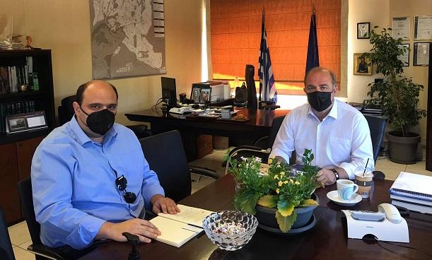 Διόνυσος: Συνάντηση του Δημάρχου Διονύσου Γιάννη Καλαφατέλη με τον Υφυπουργό παρά τω Πρωθυπουργώ Χρήστο Τριαντόπουλο