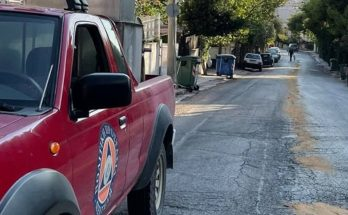 Πεντέλη: Άμεση επέμβαση από Πολιτική Προστασία Δήμου Πεντέλης-Εθελοντικό Κλιμάκιο λόγω λαδιών στο οδόστρωμα.
