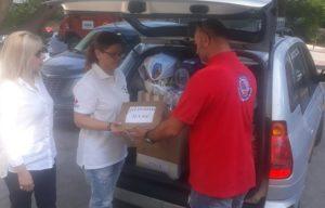 Λυκόβρυσης Πεύκης : Παραδόθηκαν τρόφιμα και είδη πρώτης ανάγκης στο Πυροσβεστικό Κλιμάκιο Βιλίων