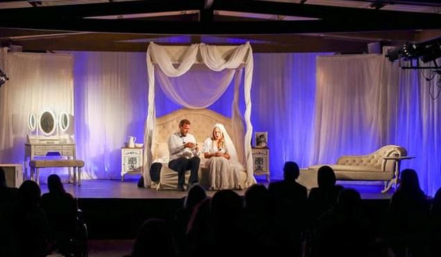 Μαρούσι: Με την κωμωδία του Jan de Hartog «Το Νυφικό Κρεβάτι», συνεχίστηκε η 2η βραδιά θεάτρου στη Βορέειο Βιβλιοθήκη Αμαρουσίου.