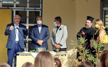 Μαρούσι: Ο Δήμαρχος Αμαρουσίου εγκαινιάζει το νέο γήπεδο ποδοσφαίρου (5x5) στο 18ο Δημοτικό Σχολείο
