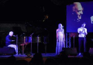 Λυκόβρυση Πεύκη : Στη συναυλία του Γιώργου Χατζηνάσιου στις βραδιές πολιτισμού ο Δήμαρχος