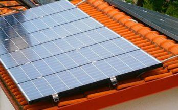Ανοίγει ο δρόμος για την έναρξη του νέου προγράμματος «φωτοβολταϊκά στις στέγες» με 25ετείς συμβάσεις