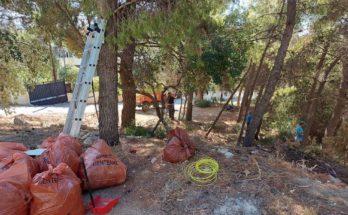 ΣΠΑΠ: Καθαρίστηκε το πάρκο στη συμβολή των οδών Κωλέττη και Γλάδστωνος από την ομάδα εθελοντών και εργαζομένων του συνδέσμου